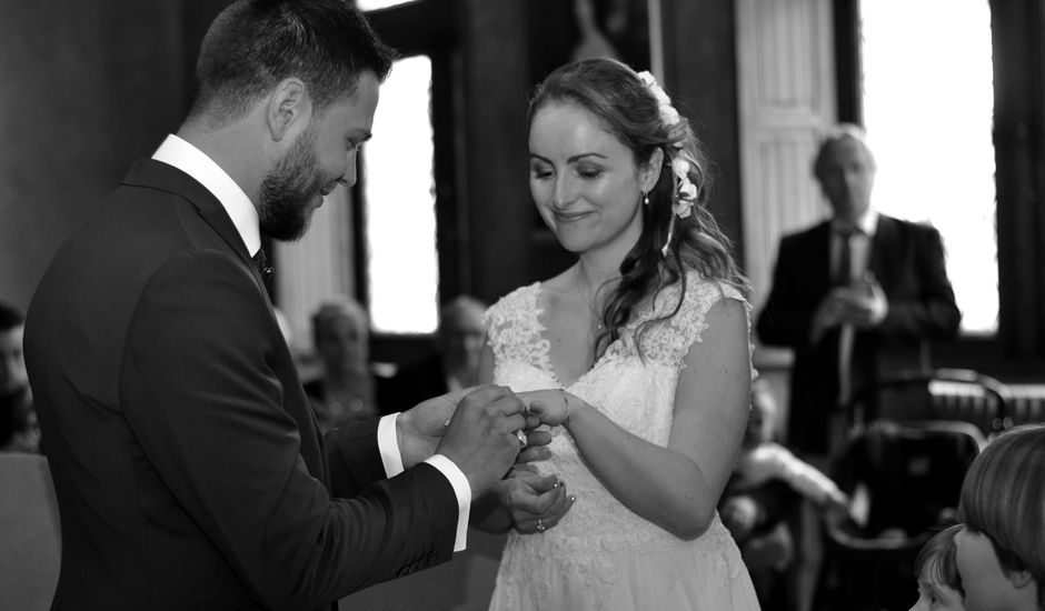 Le mariage de David  et Margot  à Aubigny-sur-Nère, Cher