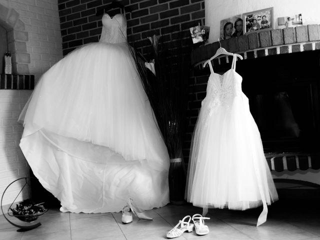 Le mariage de Laurent et Emilie à Monchecourt, Nord 8