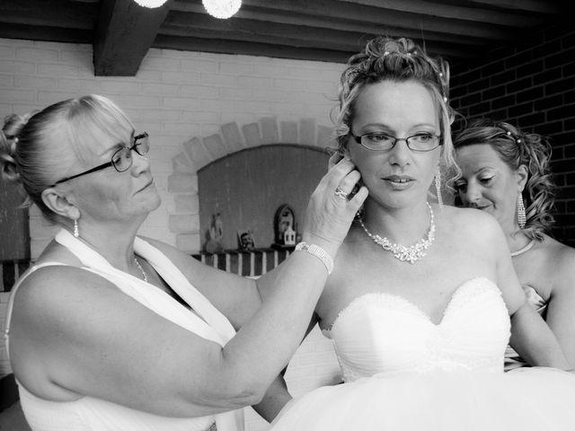 Le mariage de Laurent et Emilie à Monchecourt, Nord 35