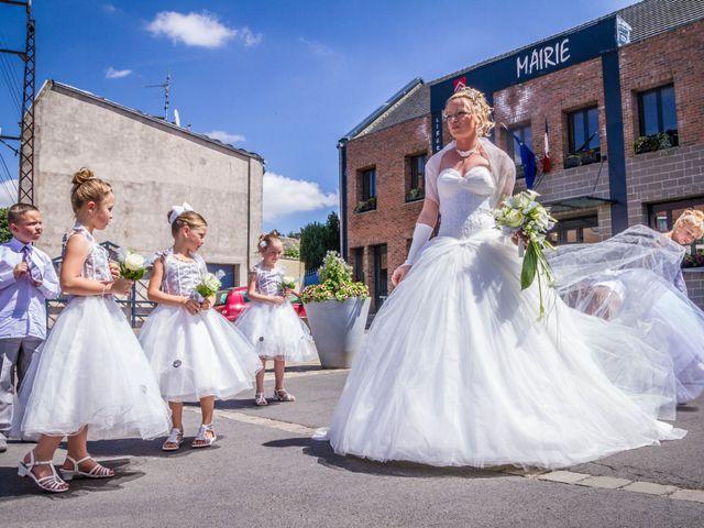 Le mariage de Laurent et Emilie à Monchecourt, Nord 55