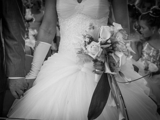 Le mariage de Laurent et Emilie à Monchecourt, Nord 65