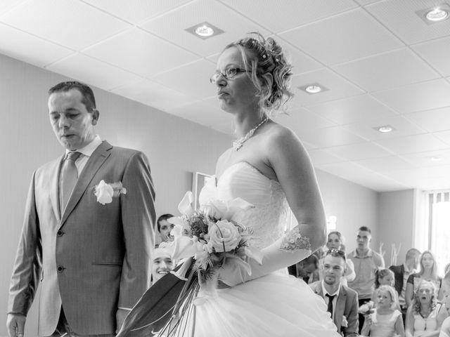 Le mariage de Laurent et Emilie à Monchecourt, Nord 70