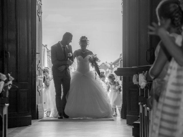 Le mariage de Laurent et Emilie à Monchecourt, Nord 79