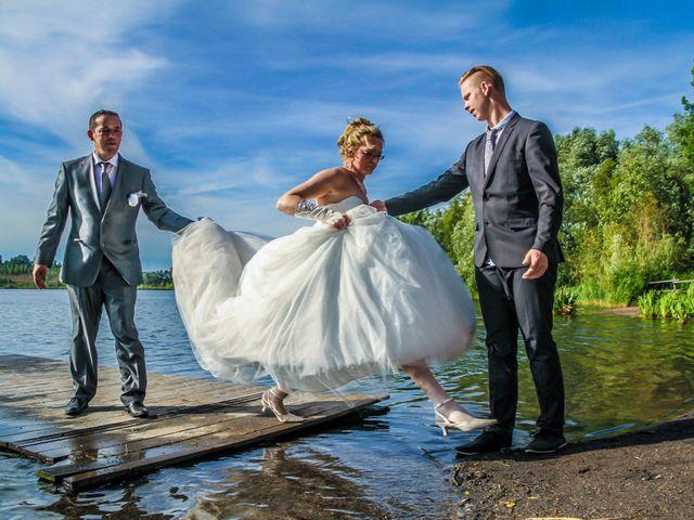 Le mariage de Laurent et Emilie à Monchecourt, Nord 115