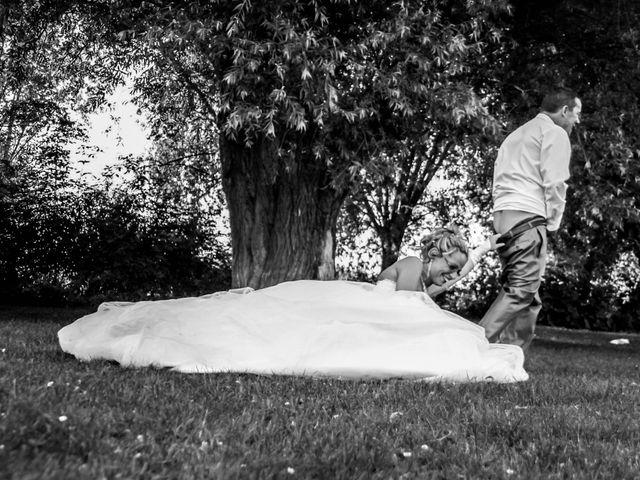 Le mariage de Laurent et Emilie à Monchecourt, Nord 125