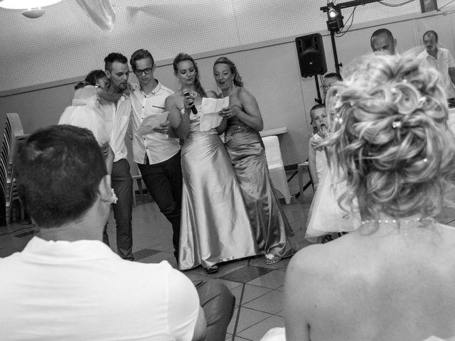 Le mariage de Laurent et Emilie à Monchecourt, Nord 137