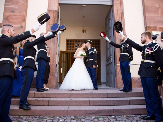 Le mariage de Arnaud et Laura à Brumath, Bas Rhin 13