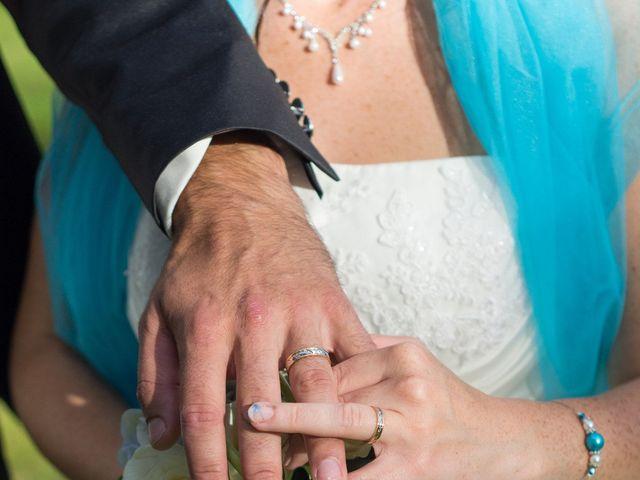 Le mariage de Stephen et Perle à Cuguen, Ille et Vilaine 17