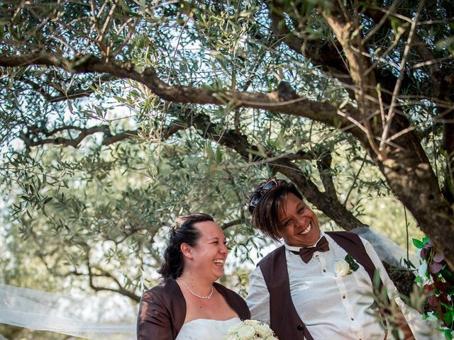 Le mariage de Naïma et Cynthia à Mauguio, Hérault 4