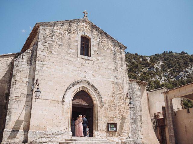 Le mariage de Benjamin et Charlotte à Robion, Vaucluse 18