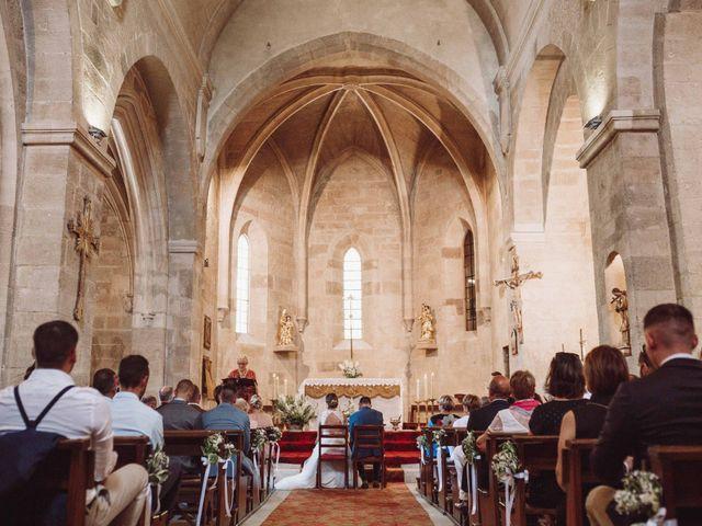 Le mariage de Benjamin et Charlotte à Robion, Vaucluse 21