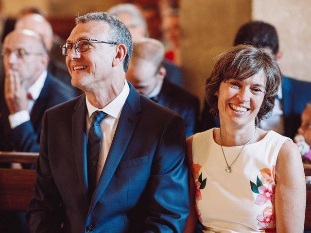 Le mariage de Benjamin et Charlotte à Robion, Vaucluse 24
