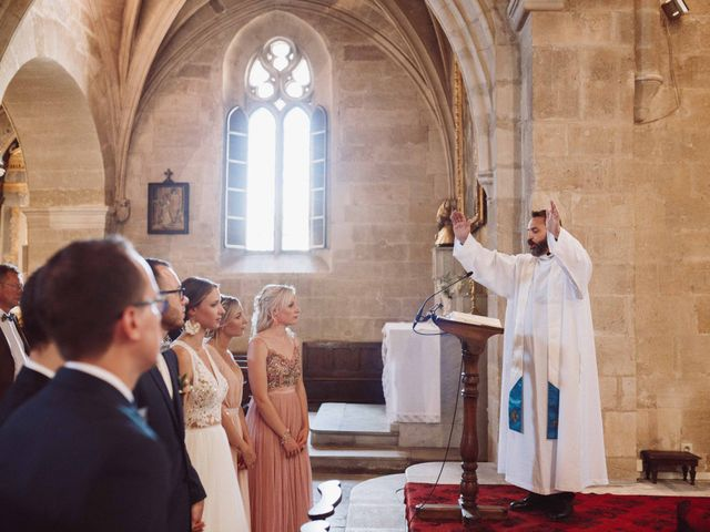 Le mariage de Benjamin et Charlotte à Robion, Vaucluse 27