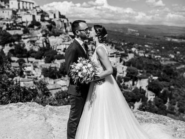 Le mariage de Benjamin et Charlotte à Robion, Vaucluse 34