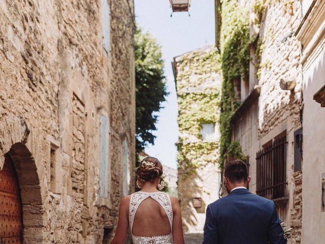 Le mariage de Benjamin et Charlotte à Robion, Vaucluse 43