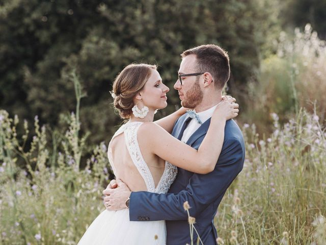 Le mariage de Benjamin et Charlotte à Robion, Vaucluse 79