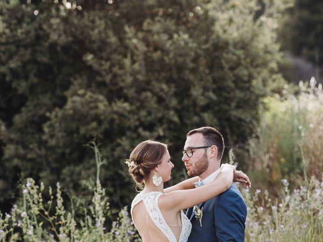 Le mariage de Benjamin et Charlotte à Robion, Vaucluse 80