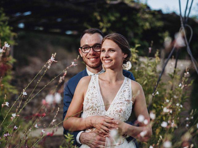 Le mariage de Benjamin et Charlotte à Robion, Vaucluse 84