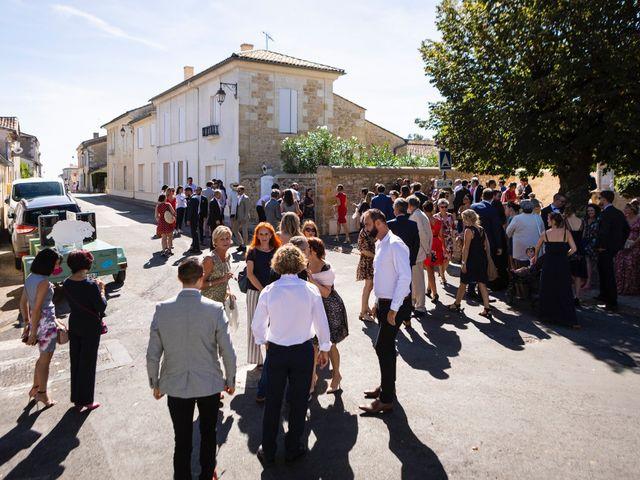 Le mariage de Thomas et Delphine à Bordeaux, Gironde 13