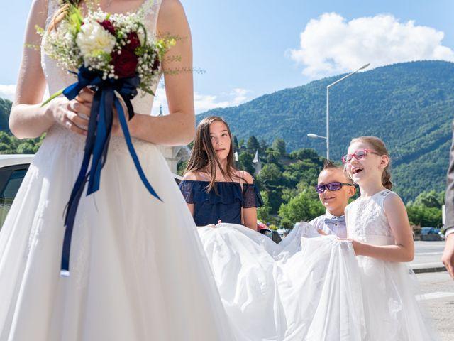 Le mariage de Raphaël et Claire à Crest-Voland, Savoie 9