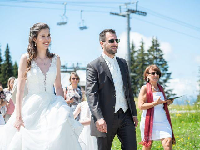 Le mariage de Raphaël et Claire à Crest-Voland, Savoie 19