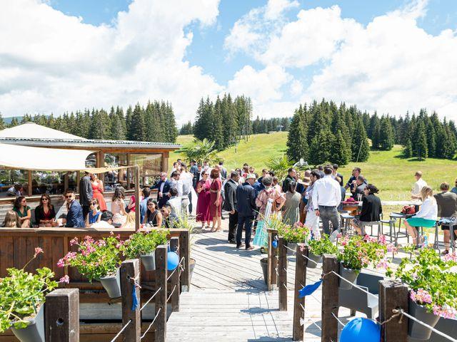 Le mariage de Raphaël et Claire à Crest-Voland, Savoie 29