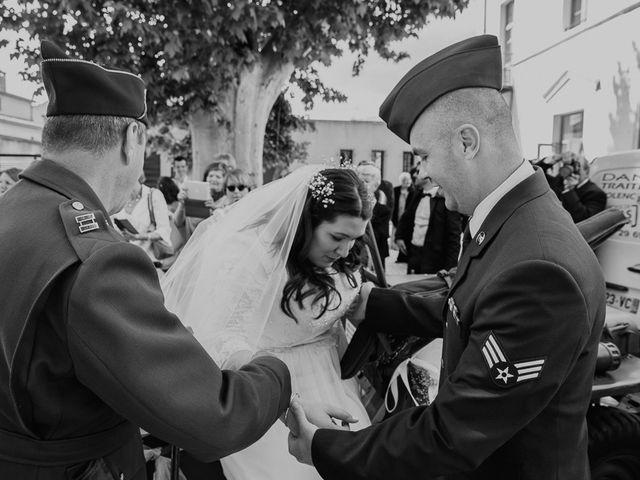 Le mariage de Joshua et Géraldine à Piolenc, Vaucluse 7