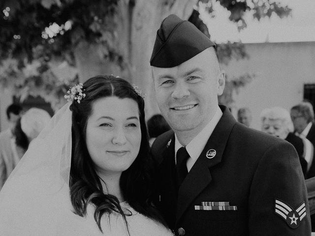 Le mariage de Joshua et Géraldine à Piolenc, Vaucluse 8