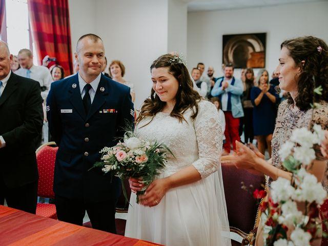 Le mariage de Joshua et Géraldine à Piolenc, Vaucluse 13