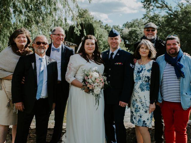 Le mariage de Joshua et Géraldine à Piolenc, Vaucluse 30