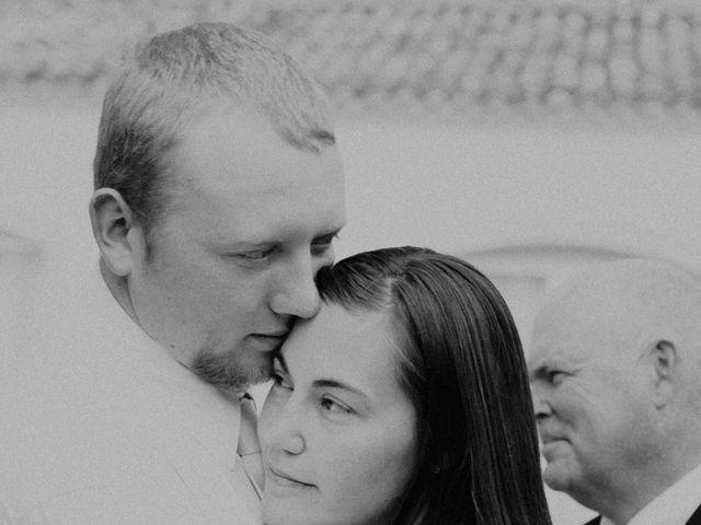 Le mariage de Joshua et Géraldine à Piolenc, Vaucluse 42