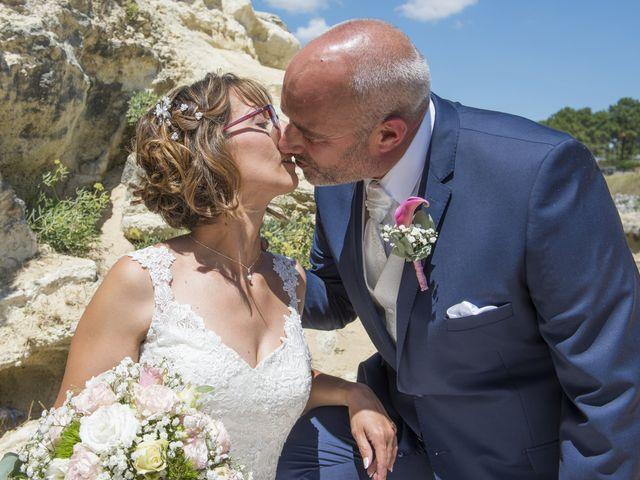 Le mariage de Xavier et Aurélia à La Tremblade, Charente Maritime 30