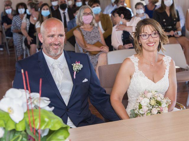Le mariage de Xavier et Aurélia à La Tremblade, Charente Maritime 43