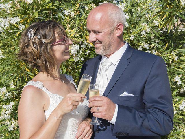 Le mariage de Xavier et Aurélia à La Tremblade, Charente Maritime 63