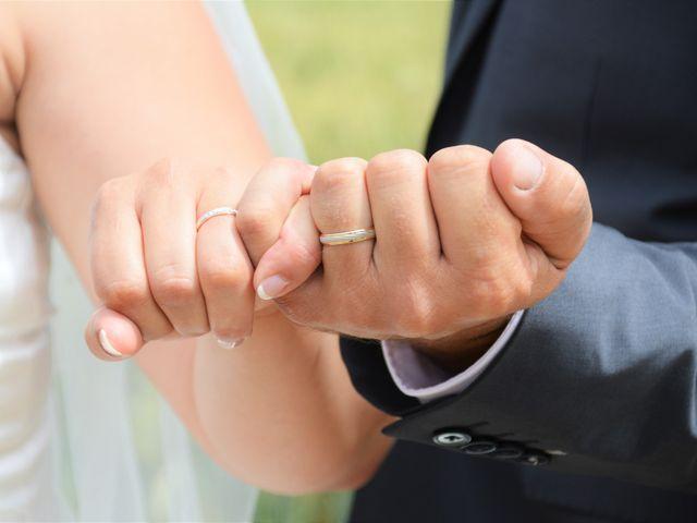 Le mariage de Alexis et Alexandra à Coudreceau, Eure-et-Loir 9