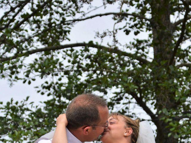 Le mariage de Alexis et Alexandra à Coudreceau, Eure-et-Loir 15