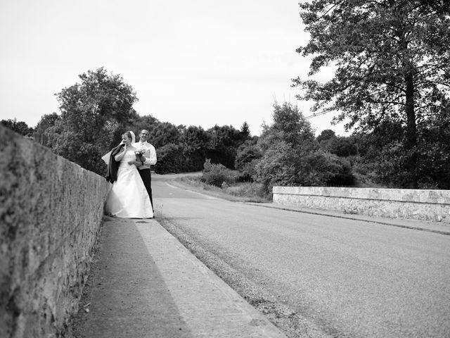 Le mariage de Alexis et Alexandra à Coudreceau, Eure-et-Loir 16