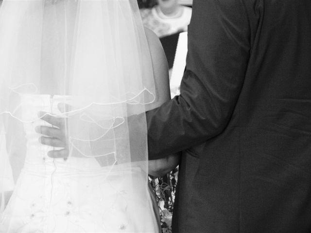 Le mariage de Alexis et Alexandra à Coudreceau, Eure-et-Loir 33