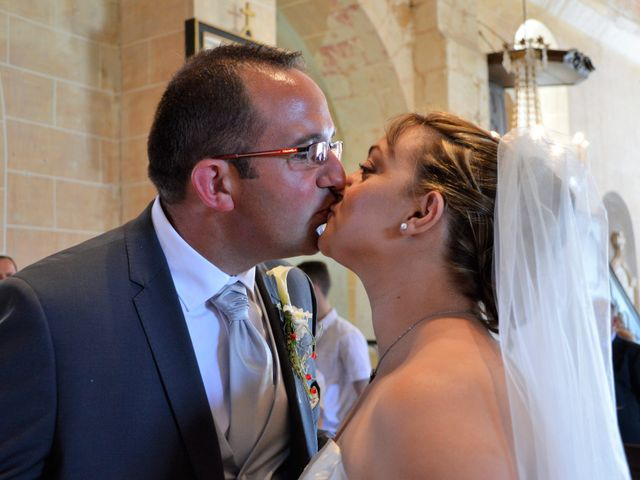 Le mariage de Alexis et Alexandra à Coudreceau, Eure-et-Loir 35