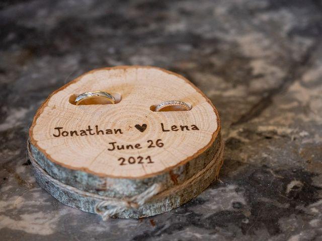 Le mariage de Jonathan et Lena à Castelnaudary, Aude 23
