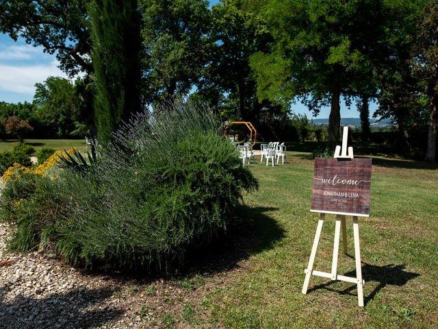 Le mariage de Jonathan et Lena à Castelnaudary, Aude 42