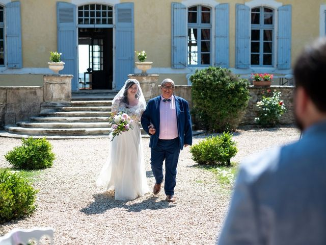 Le mariage de Jonathan et Lena à Castelnaudary, Aude 44