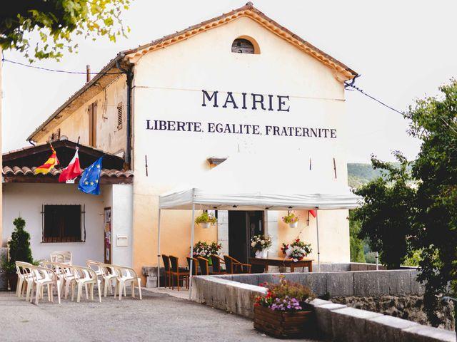 Le mariage de Hugo et Chloé à Escragnolles, Alpes-Maritimes 32