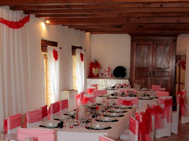 Le mariage de Romuald et Scarlett à Le Bugue, Dordogne 3