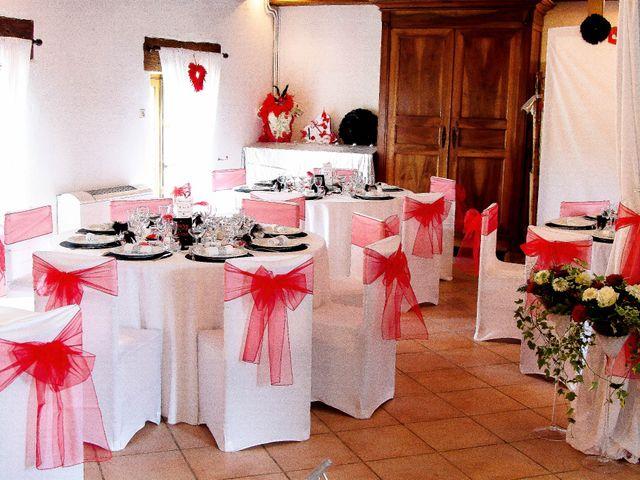 Le mariage de Romuald et Scarlett à Le Bugue, Dordogne 1
