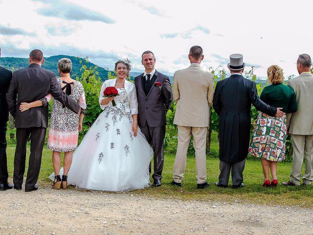 Le mariage de Romuald et Scarlett à Le Bugue, Dordogne 20