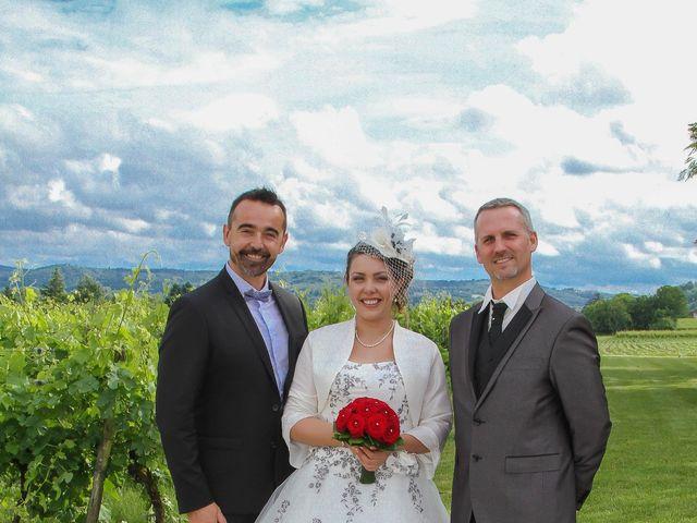 Le mariage de Romuald et Scarlett à Le Bugue, Dordogne 21