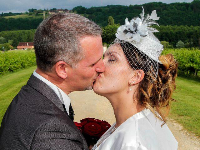 Le mariage de Romuald et Scarlett à Le Bugue, Dordogne 23