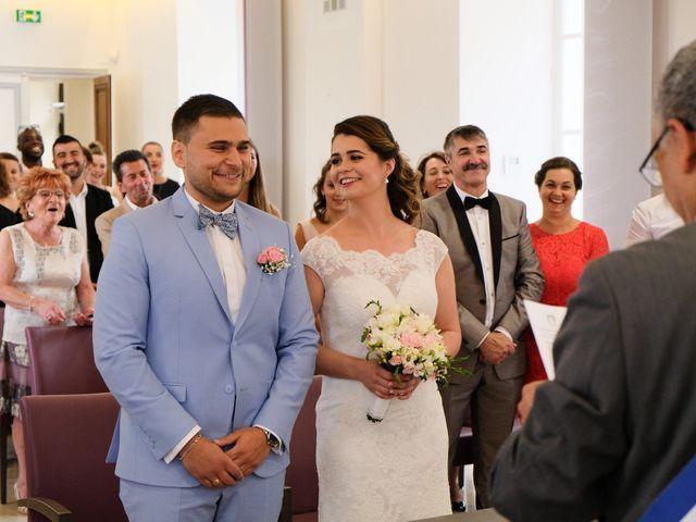 Le mariage de Alexandre et Sarah à Pontault-Combault, Seine-et-Marne 74