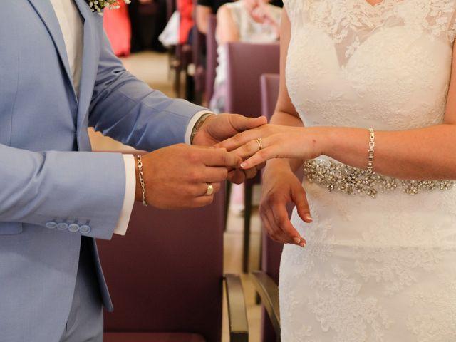 Le mariage de Alexandre et Sarah à Pontault-Combault, Seine-et-Marne 94
